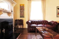 bnb_livingroom